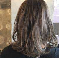 フリーランス美容師冨永真太郎さんのつくる「#ドライフラワーカラー」