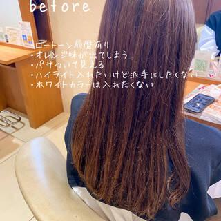 フェミニン ミルクティーベージュ ショコラブラウン 透明感カラーヘアスタイルや髪型の写真・画像
