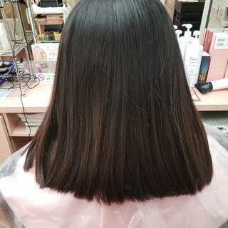 ショート ガーリー ハイトーンカラー インナーカラーパープルヘアスタイルや髪型の写真・画像
