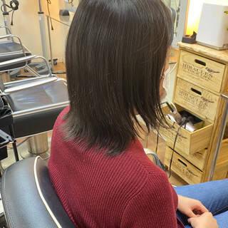 ナチュラルベージュ 艶髪 サラサラ ナチュラルヘアスタイルや髪型の写真・画像