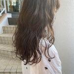 『夏のシンプルコーデ』に似合うヘアスタイルを調査しました!