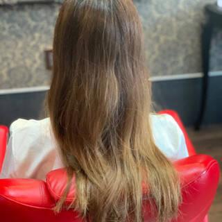 セミロング エレガントヘアスタイルや髪型の写真・画像