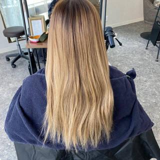 ハイライト ダブルブリーチ ナチュラル エアータッチヘアスタイルや髪型の写真・画像