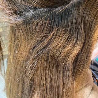 イルミナカラー 縮毛矯正 ナチュラル ストレートヘアスタイルや髪型の写真・画像