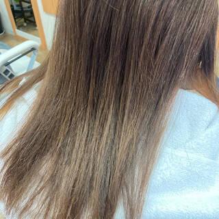 グラデーションカラー ダブルカラー バレイヤージュ セミロングヘアスタイルや髪型の写真・画像