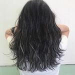 理想の髪色に近づく!ハイライトカラーテクで透け感アップが実現⁉