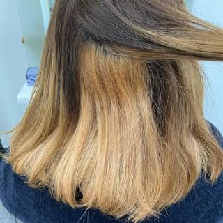 ピンクベージュ 切りっぱなしボブ ピンクカラー ミディアムヘアスタイルや髪型の写真・画像