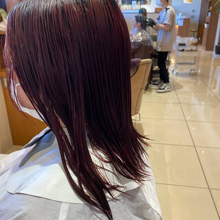 ピンクベージュ ナチュラル 丸みショート ミニボブヘアスタイルや髪型の写真・画像