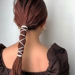 「髪が多い」を魅力に変えよう!おしゃれになれるおすすめヘアスタイル