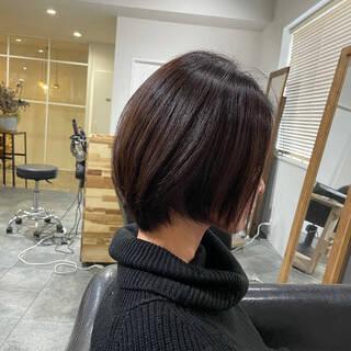 ミニボブ ベリーショート 切りっぱなしボブ ショートボブヘアスタイルや髪型の写真・画像