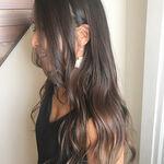 黒髪・暗髪×グラデーションカラースタイルで旬な今どき女子に