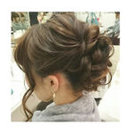 上品な印象が魅力♡ミディアムヘアにおすすめしたいシニヨンスタイル