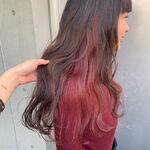 ピンクのインナーカラーが人気!簡単に華やかなおしゃれヘアに