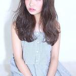 【オトナおしゃれの新定番】オン眉×ロングが最高に大人可愛い。