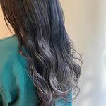ブルーアッシュ・ブルー系カラーはウルッとした外国人のような髪色へ♪
