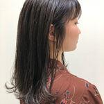 アッシュグレーはブリーチなしでカラーできる!透明感ある綺麗な髪色
