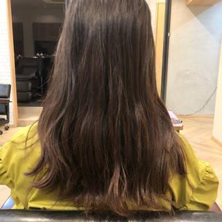 イルミナカラー ロング 外国人風カラー コンサバヘアスタイルや髪型の写真・画像