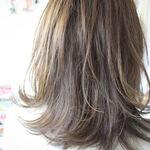 大人な透明感を出すならコレ!デニムアッシュで作るおすすめヘアスタイル