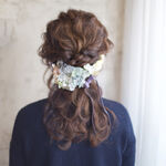 こんな花嫁に憧れる…!サロン「nalu hair」谷本将太さんの花飾りアレンジがたまらない♡