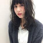 【輪郭別】黒髪セミロングパーマでナチュラルな抜け感色っぽヘアに♡