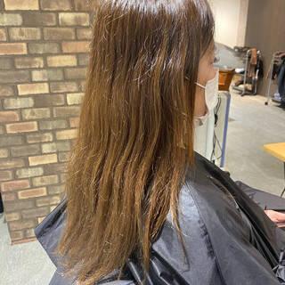 イルミナカラー ハイライト ロング アディクシーカラーヘアスタイルや髪型の写真・画像