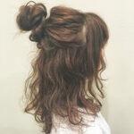 簡単ステップでできちゃう!上品さが魅力のハーフアップヘアアレンジ法