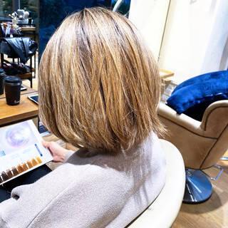 ナチュラル ショートボブ 前髪なし 小顔ショートヘアスタイルや髪型の写真・画像