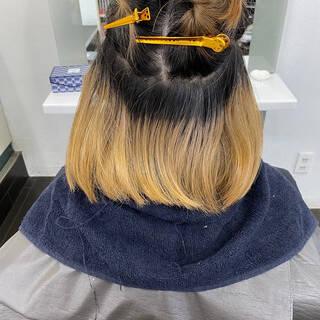 アッシュグレージュ インナーカラー 切りっぱなしボブ ストリートヘアスタイルや髪型の写真・画像
