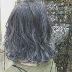 グレーアッシュで実現するくすみのある大人の髪色♪外国人風カラーの定番カラー
