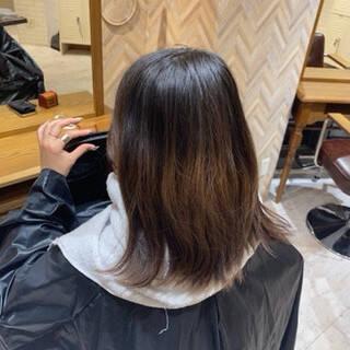 透明感カラー ブリーチオンカラー アッシュベージュ エレガントヘアスタイルや髪型の写真・画像