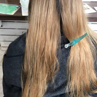 エレガント ヘアカラー 透明感カラー 外国人風カラーヘアスタイルや髪型の写真・画像