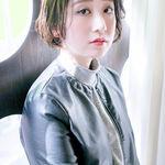 ヘアスタイルは前髪から。かきあげバングで作るセクシーな髪型10選