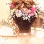 ウエディングドレスのアナタをさらにキレイにしてくれる髪型特集♡