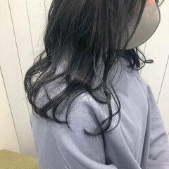 ダークグレー なんちゃって黒染め トーンダウン ナチュラル ヘアスタイルや髪型の写真・画像