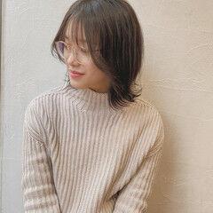 ミディアム 前髪 韓国風ヘアー ストレート ヘアスタイルや髪型の写真・画像