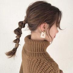 セミロング 簡単ヘアアレンジ ポニーアレンジ アンニュイほつれヘア ヘアスタイルや髪型の写真・画像