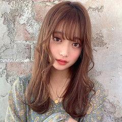 レイヤー ふんわり ロング 前髪あり ヘアスタイルや髪型の写真・画像