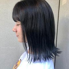切りっぱなしボブ ネイビー ミディアム タッセルボブ ヘアスタイルや髪型の写真・画像