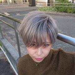 ショートボブ シルバーグレージュ ミニボブ ショートヘア ヘアスタイルや髪型の写真・画像