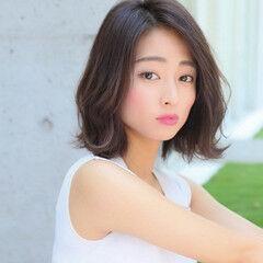 大人ミディアム 韓国ヘア ひし形 ひし形シルエット ヘアスタイルや髪型の写真・画像