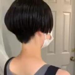 黒髪ショート 大人かわいい モード 前髪あり ヘアスタイルや髪型の写真・画像