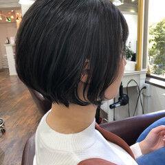 流し前髪 ナチュラル ショート ショートボブ ヘアスタイルや髪型の写真・画像