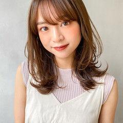 韓国 外国人風 ナチュラル ミディアムレイヤー ヘアスタイルや髪型の写真・画像