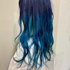 ターコイズブルー ネイビーカラー ブルーグラデーション ネイビー ヘアスタイルや髪型の写真・画像
