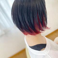 インナーカラー インナーカラー赤 モード ボブ ヘアスタイルや髪型の写真・画像
