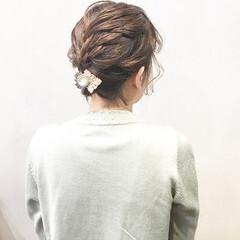 ヘアアクセ ヘアアレンジ 結婚式ヘアアレンジ 簡単ヘアアレンジ ヘアスタイルや髪型の写真・画像