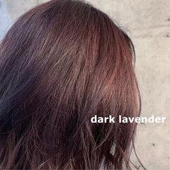パープルアッシュ 暗髪 ナチュラル ダブルカラー ヘアスタイルや髪型の写真・画像