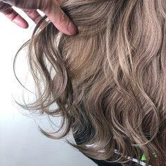 フェミニン 外国人風カラー 外国人風 ミディアム ヘアスタイルや髪型の写真・画像