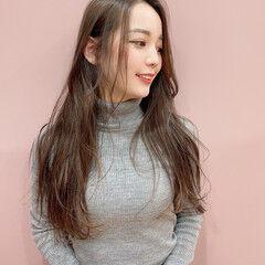 可愛い ナチュラル 艶髪 波巻き ヘアスタイルや髪型の写真・画像