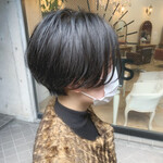 黒髪 ゆるふわパーマ ハンサムショート ショート